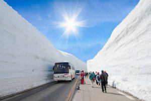 snow-mountains-wall-tateyama-kurobe-alpine
